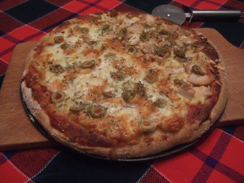 Dietetyczna pizza light – przepis