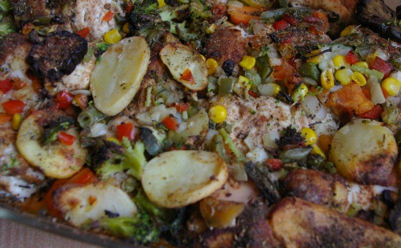 Roladki drobiowe zapiekane z warzywami