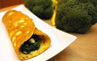 Dietetyczny omlet naleśnik ze szpinakiem www.fitness-food.pl Blog Kulinarny