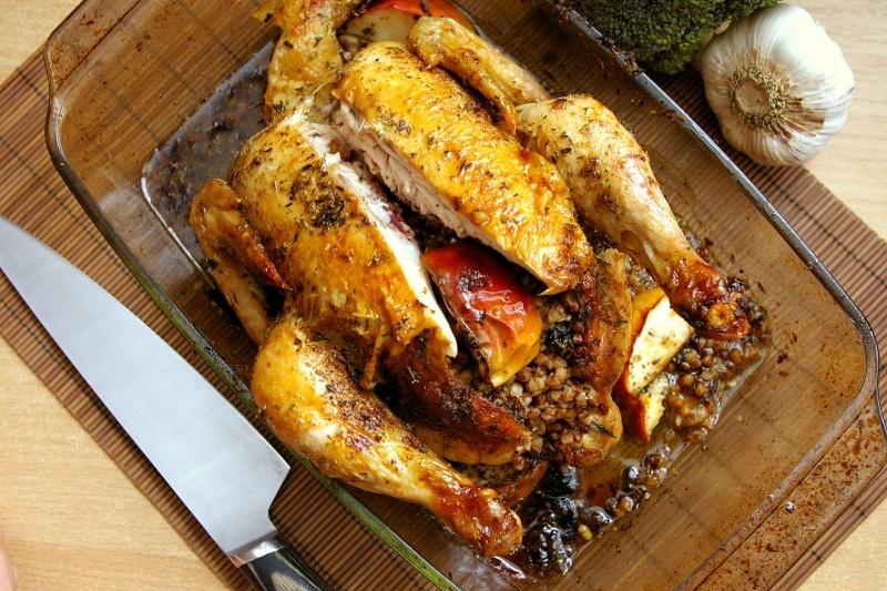 Dietetyczne przepisy, Blog Kulinarny - Kurczak nadziewany kaszą i jabłkiem