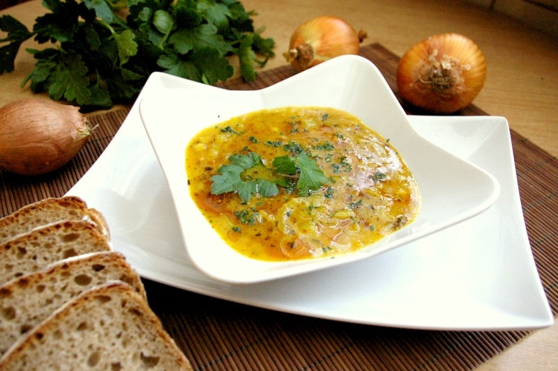 Zupa cebulowa - Dietetyczne przepisy hewps.pl