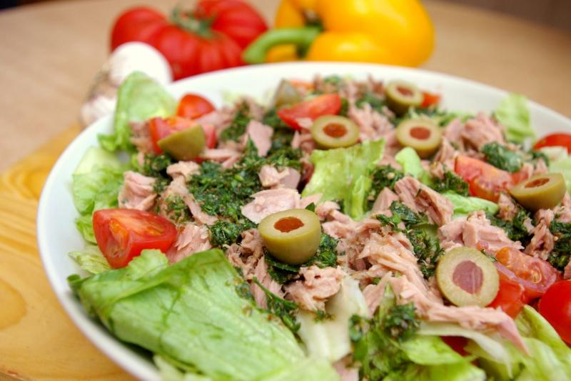 Fitness Food - Dietetyczne przepisy - Blog kulinarny - Sałatka z tuńczyka