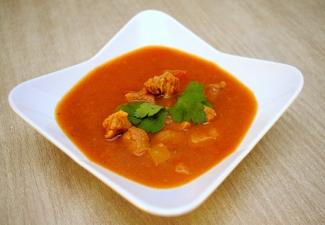 Dietetyczne Przepisy - Zdrowa żywność - Zupa gulaszowa