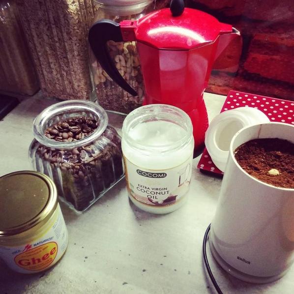 Czym jest kuloodporna kawa czyli bulletproof coffee