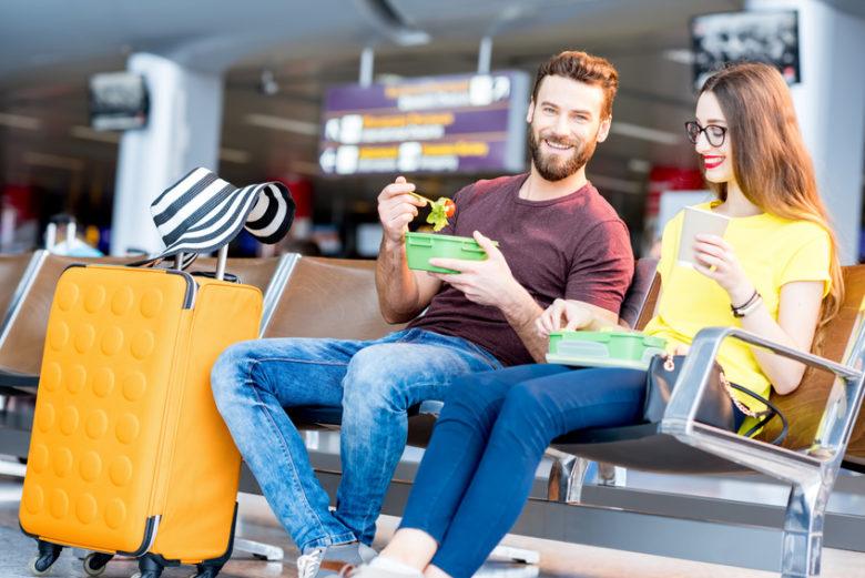 Jak utrzymać dietę w czasie podróży