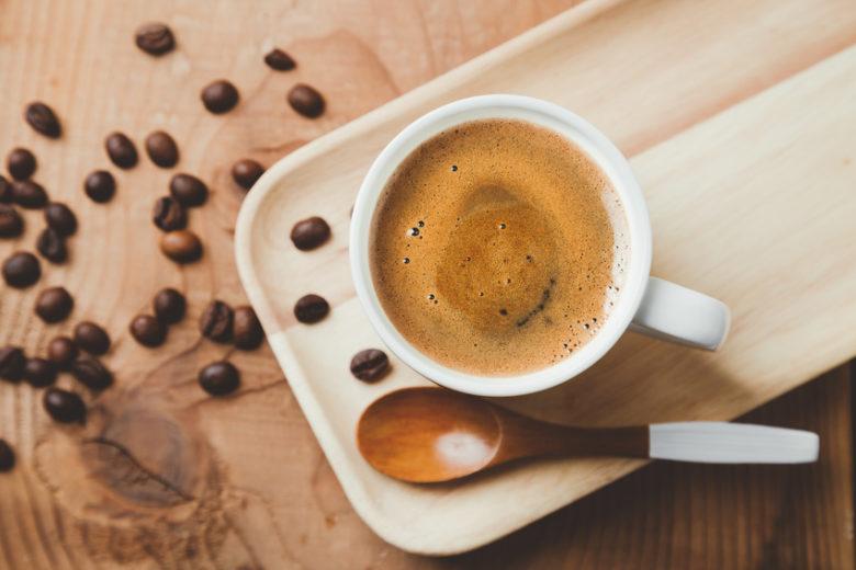 Mała czarna czyli wszystko co musisz wiedzieć o kawie