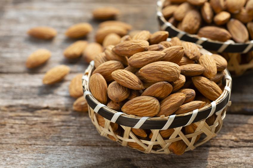 Migdały kalifornijskie – właściwości, wartości odżywcze. Ile kalorii mają migdały kalifornijskie?