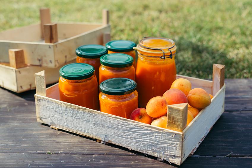 Co zrobić z owocami i warzywami, by cieszyć się ich smakiem cały rok